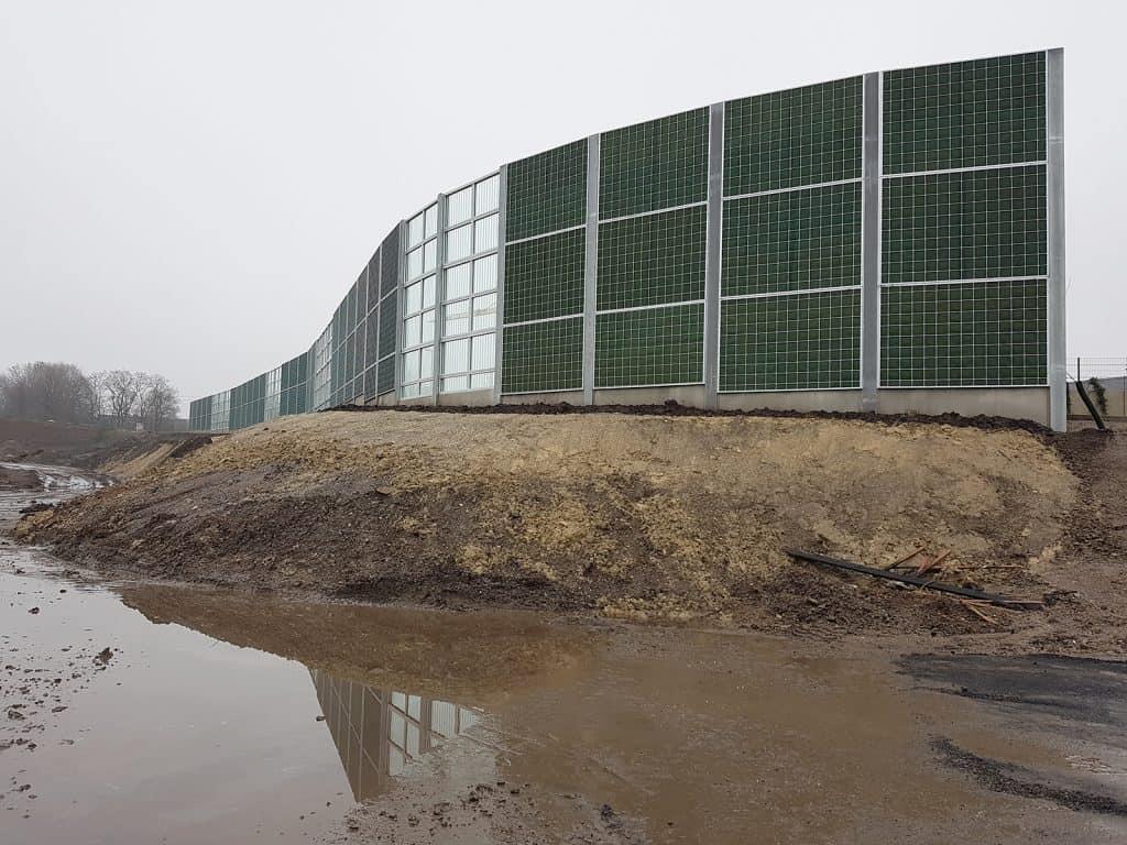 Teilweise transparente Lärmschutzwand in Dortmund - RAU