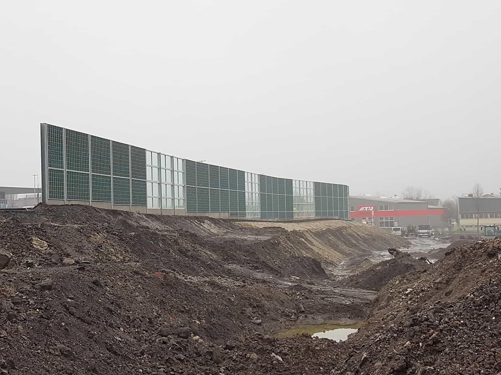 Bau einer RAU Rock Extensiv Lärmschutzwand in Dortmund